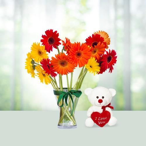 12-gerberas-vase-teddy.jpg