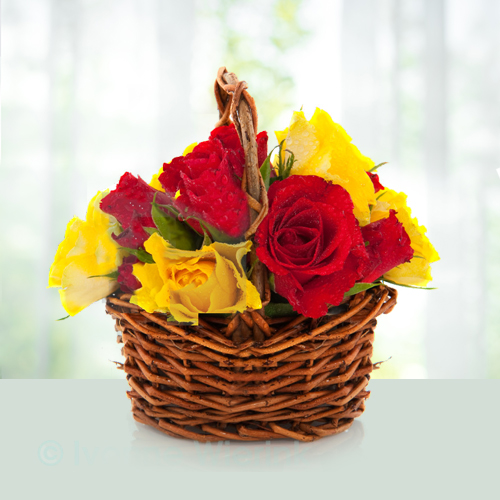 Flowers-Basket-of-Red-and-Yellow-Roses.jpg