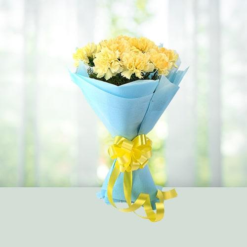 Flowers-Bouquet-Yellow-Carnations.jpg