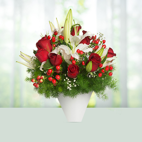 bouquet-3-lilies-and-12-roses.jpg