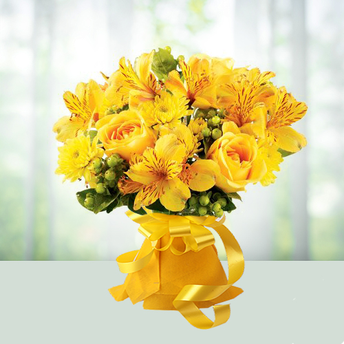 15 Mixed Yellow Flowers Bouquet