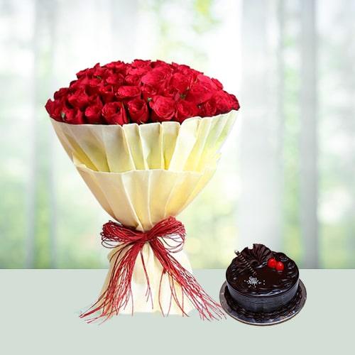 Cuddly Rose & cake Hamper