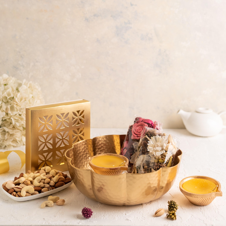 Diwali Gift- Mini Urli Hamper