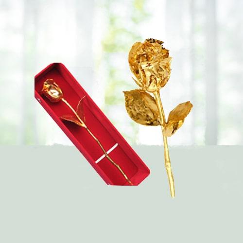 Fascinating Golden Rose
