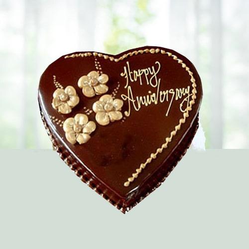 Eggless Heart Shape Chocolate Cake