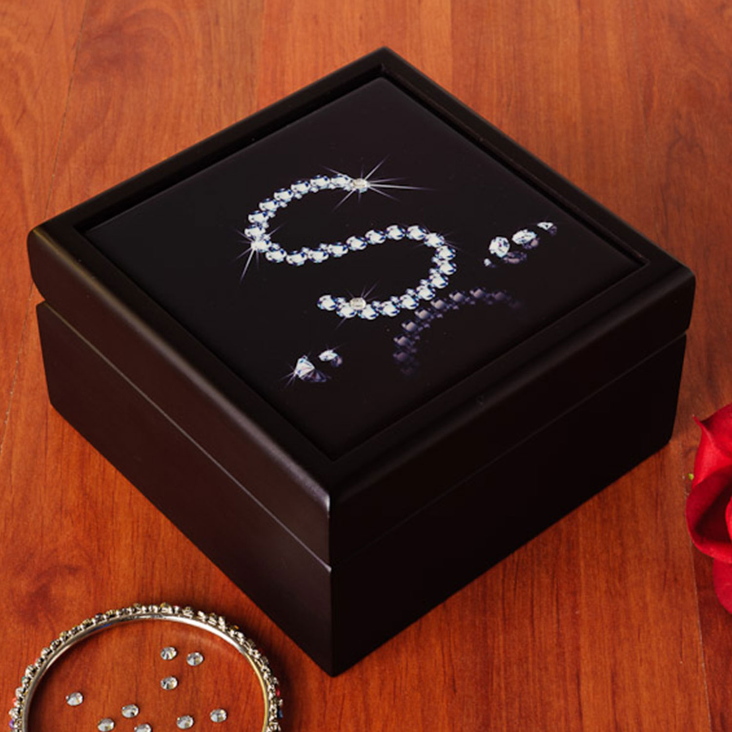 Lady Queen Personalized Jewelry Box
