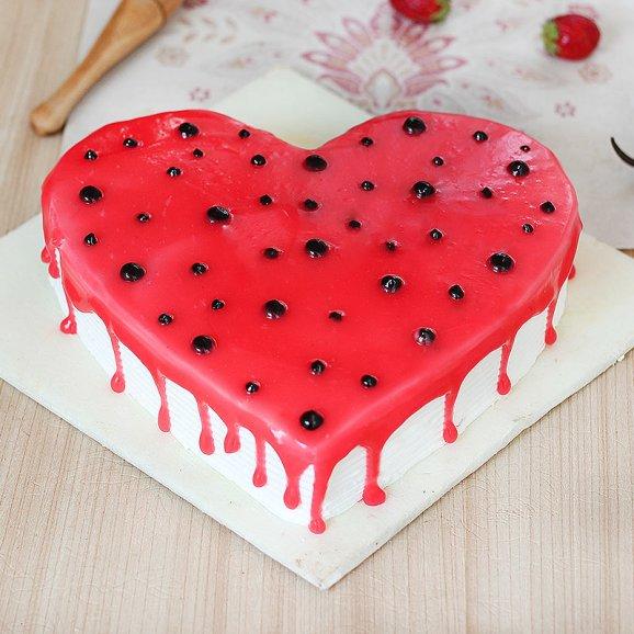 Strawberry Heart cake