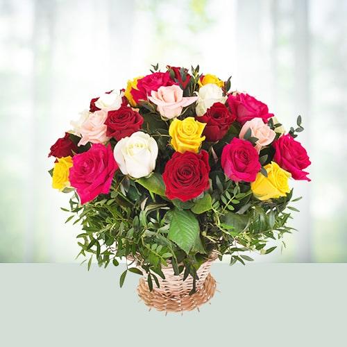 Basket of 15 Assorted Roses