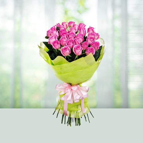 Flowers Bouquet of 12 pink roses