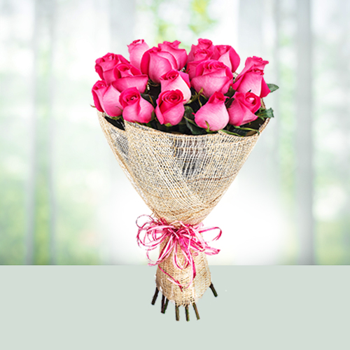 Flowers Bouquet of 15 Pink Roses
