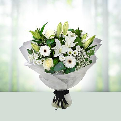 15 Mix White Flower Bouquet