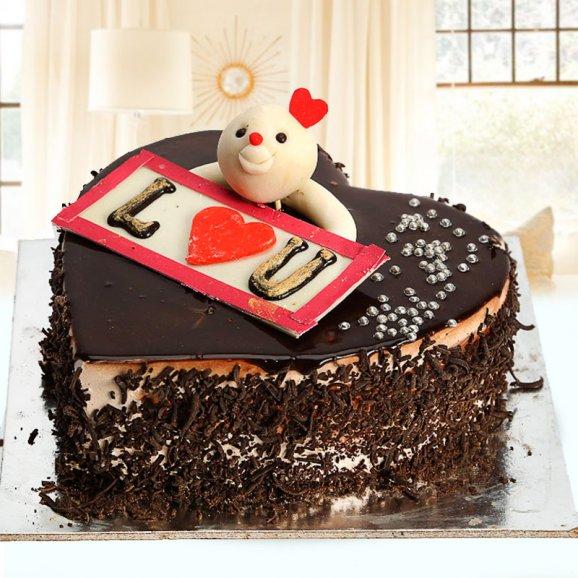 Adorable Love Black forest cake