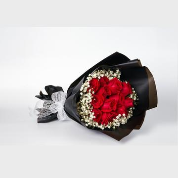 Red Queen 12 Roses Bouquet