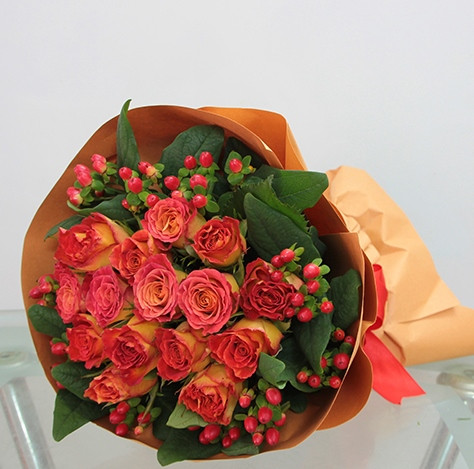 Two Toned Red Yellow Rose Bouquet