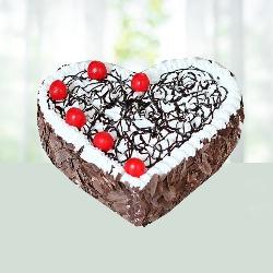 Delicious Heart Shape Blackforest Gateu 1kg.