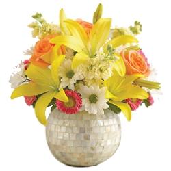 US-Lilies In Vase
