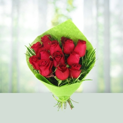 12 red roses Flowers Bouquet