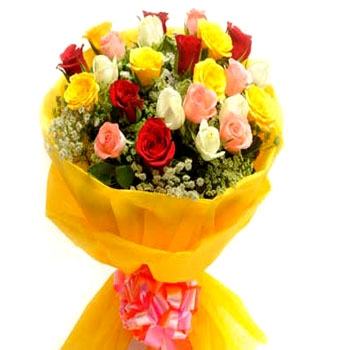 bangalore-flowers-bouquet-10-mix-roses-paper-pack.jpg