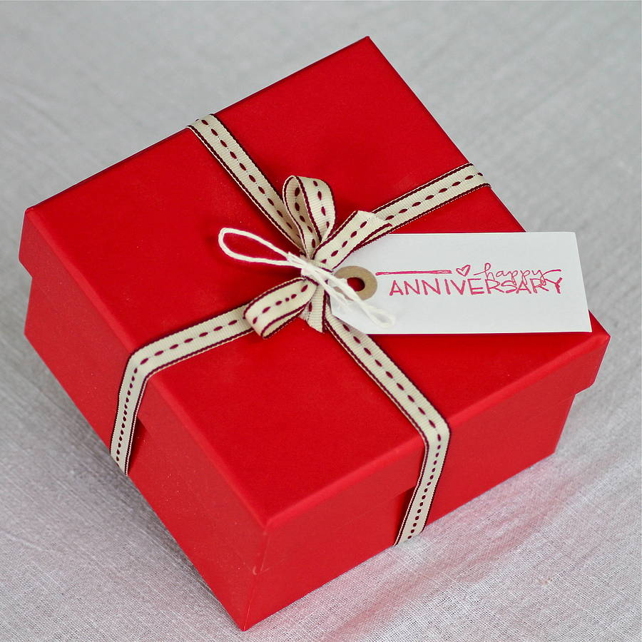 Search For The Amazing Gifts Her Make Your Wifes Birthday And Anniversary More Special This Year