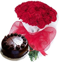Flowers with cakes delivery in Delhi