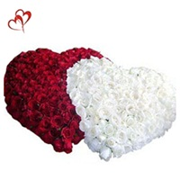 Red n White Heart Shaped Arrangement for Valentine Day Gifts to India