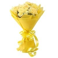 8 yellow carnations bouquet